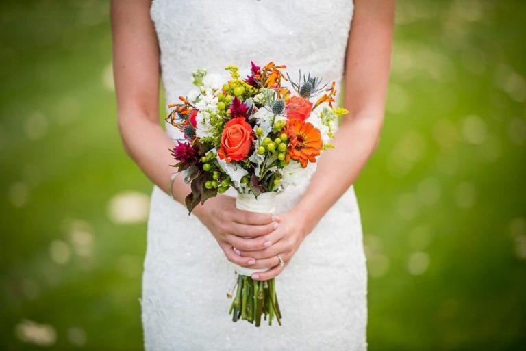 Zadbaj o wybór własnej sukni ślubnej